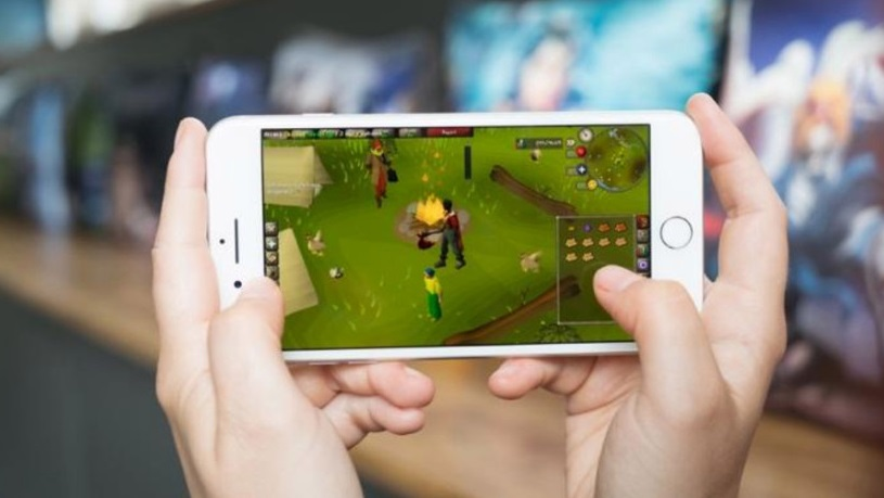 Runescape/Old-School Runescape coming to Tablet/Mobile News Header